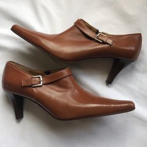LIKE NEW Coach Leather Ankle Booties